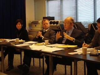 与美国大使Richard Gardner教授座谈会