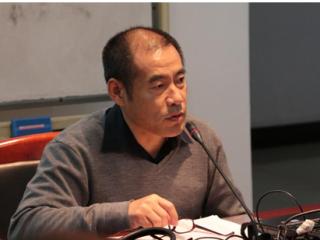 """刘文飞教授在我院做""""苏联解体后俄语文学的若干悖论走向""""主题讲座"""