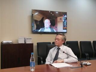 华东师大俄罗斯研究中心主任冯绍雷教授应邀参加瓦尔代俱乐部视频会议